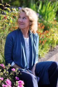 Meet Sandra Lee Dennis